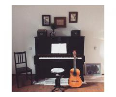 Уроки фортепьяно и гитары